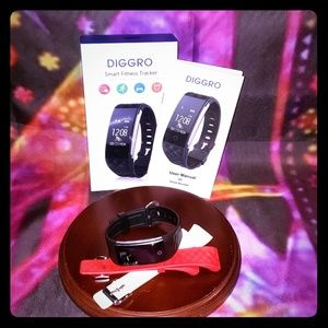 Diggro Smart Fitness Tracker Watch & 3 Color Bands